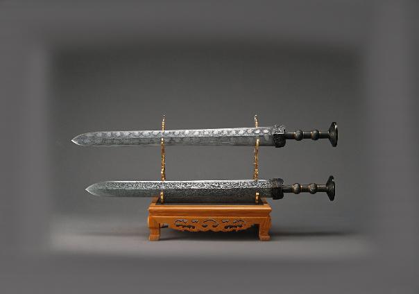 Las espada gemelas de Gan Jiang y Mo ye - Sendas del viento